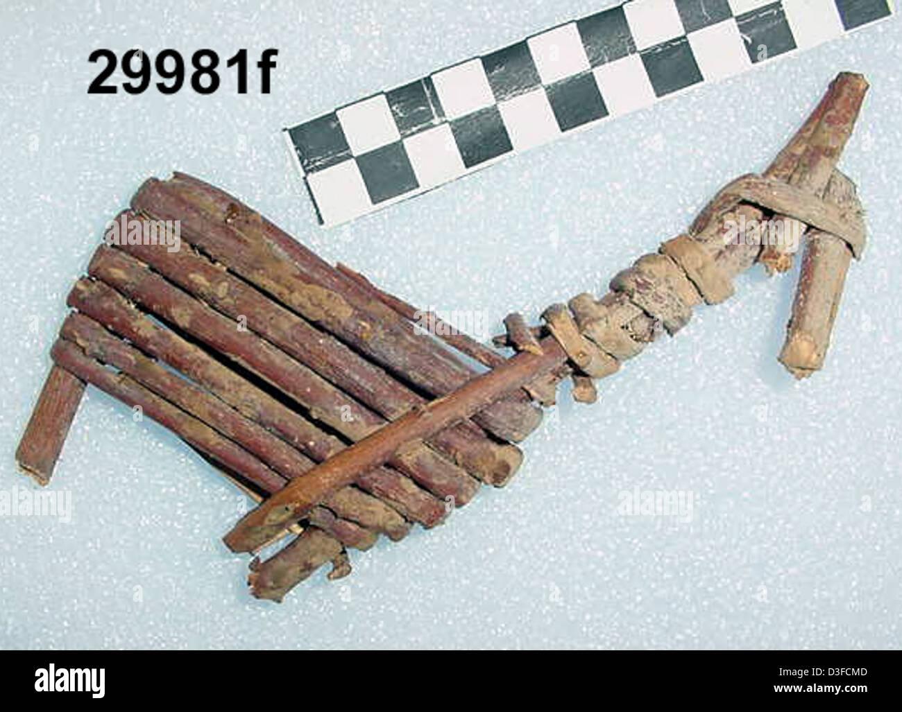 Split-Twig Figurine GRCA_29981f - Stock Image