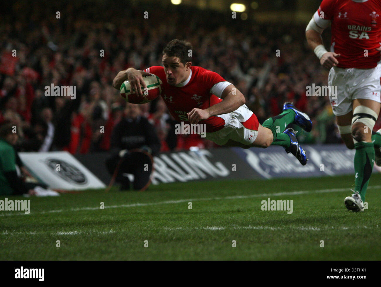 29.11.08. Invesco Perpetual series 2008. Wales v Australia. Millennium Stadium, Cardiff. Wales' Shane Williams - Stock Image