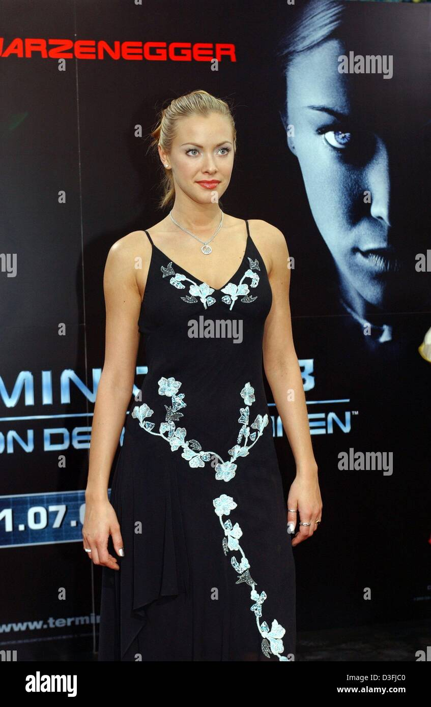 dpa) - us model and actress kristanna loken poses in front of a film