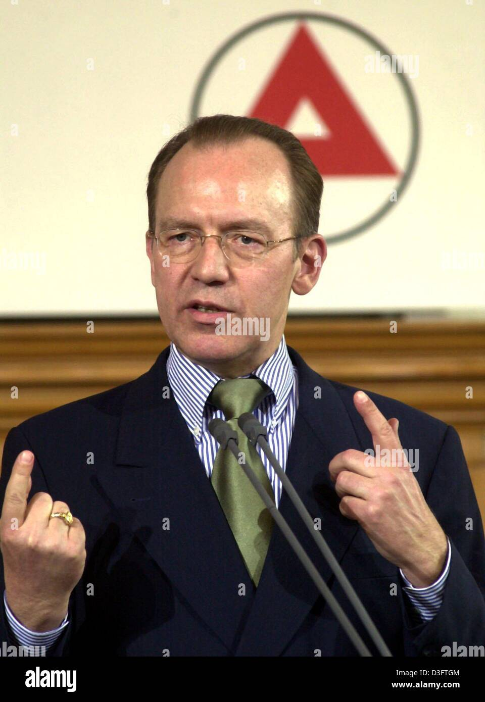 (dpa files) - Florian Gerster, chairman of the board of directors of the German federal labour office, pictured - Stock Image