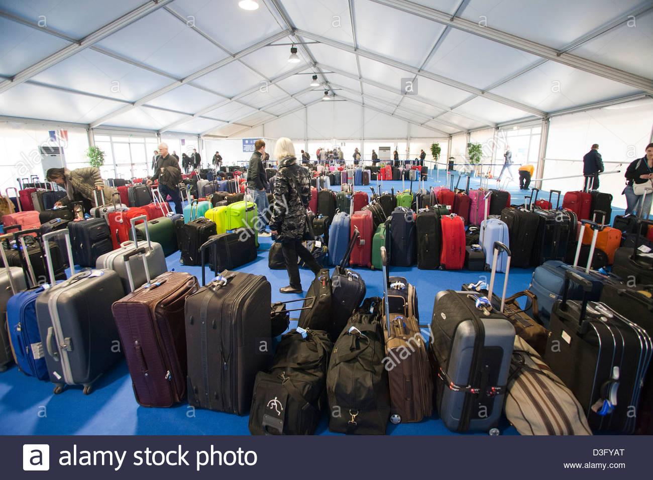 Baggage Claim Costa Crociere Cruise Line Port Of Savona