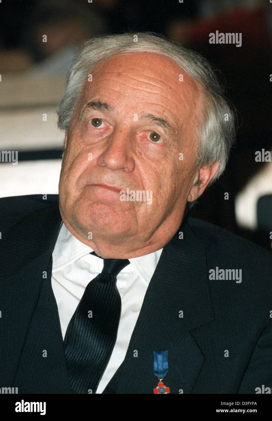 (dpa files) - French composer and conductor Pierre Boulez pictured in Freiburg, Germany, 14 November 1998. He studied - Stock Image