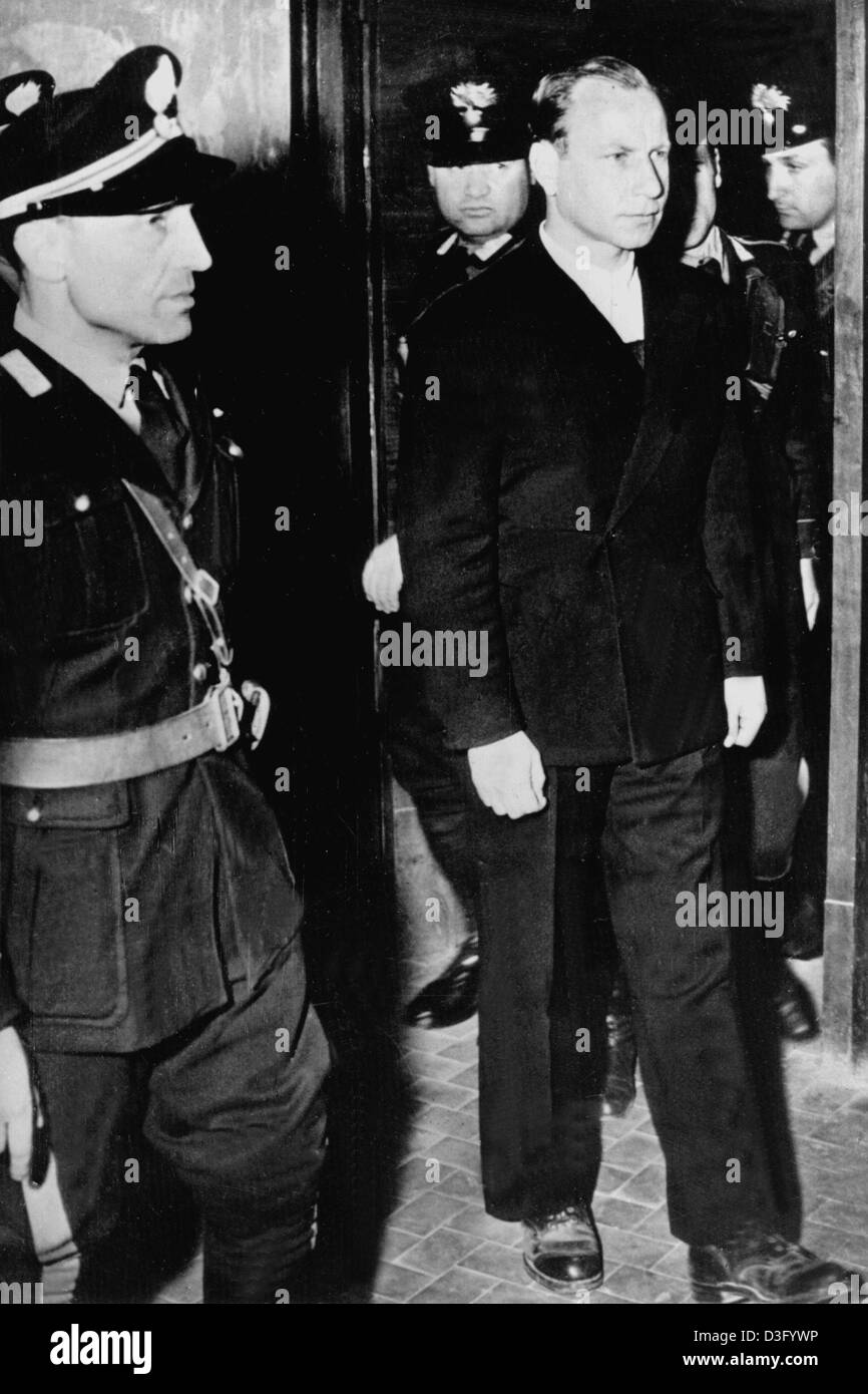 (dpa files) - Herbert Kappler, the former head of the German security police in Rome, arrives for his trial in Rome, Stock Photo
