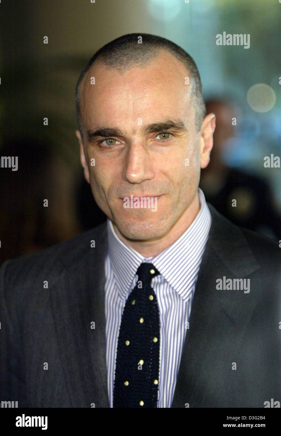 (dpa) - British actor Daniel Day-Lewis poses of a picture during a dinner evening with other oscar nominees in Beverly - Stock Image