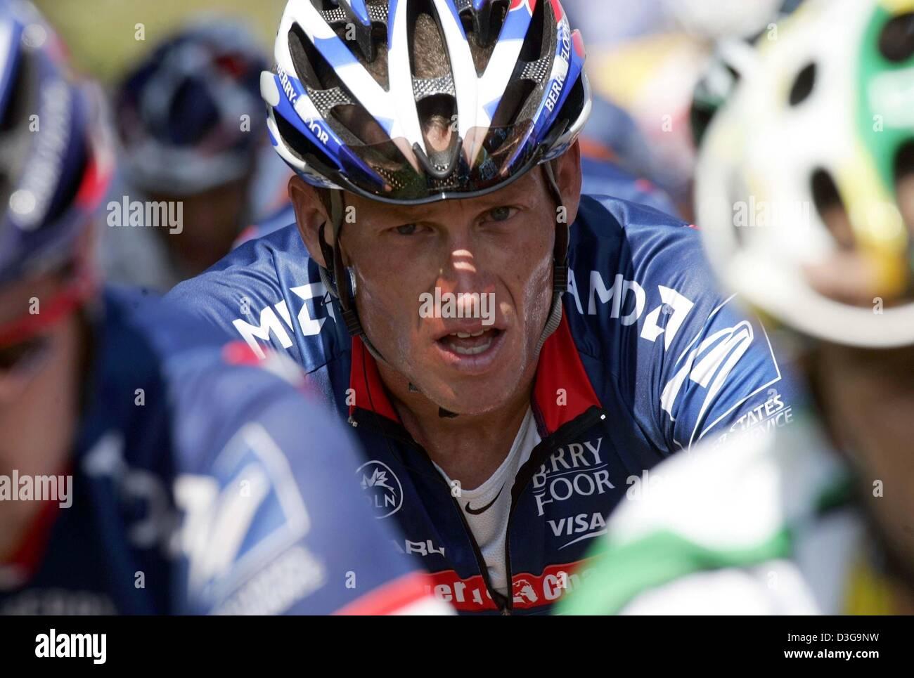 (dpa) - US five time Tour winner Lance Armstrong of team US Postal rides 95bce24af