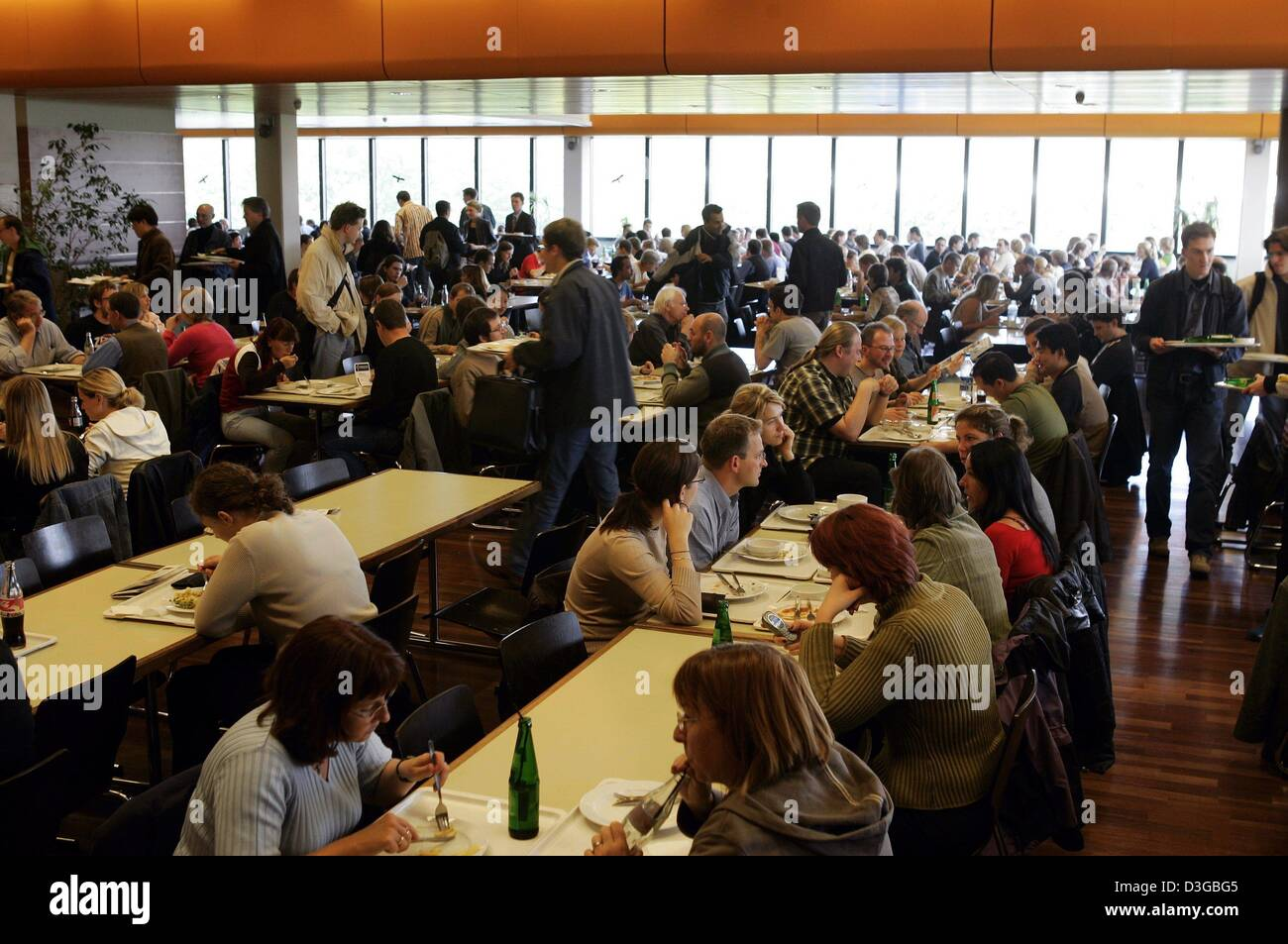 Cafeteria Stock Photos & Cafeteria Stock Images - Alamy