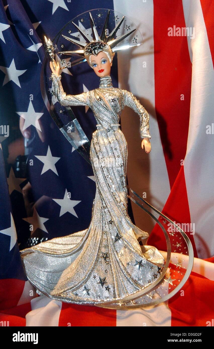 Dpa A Barbie Doll Called Lady Liberty Barbie By Artist Bob