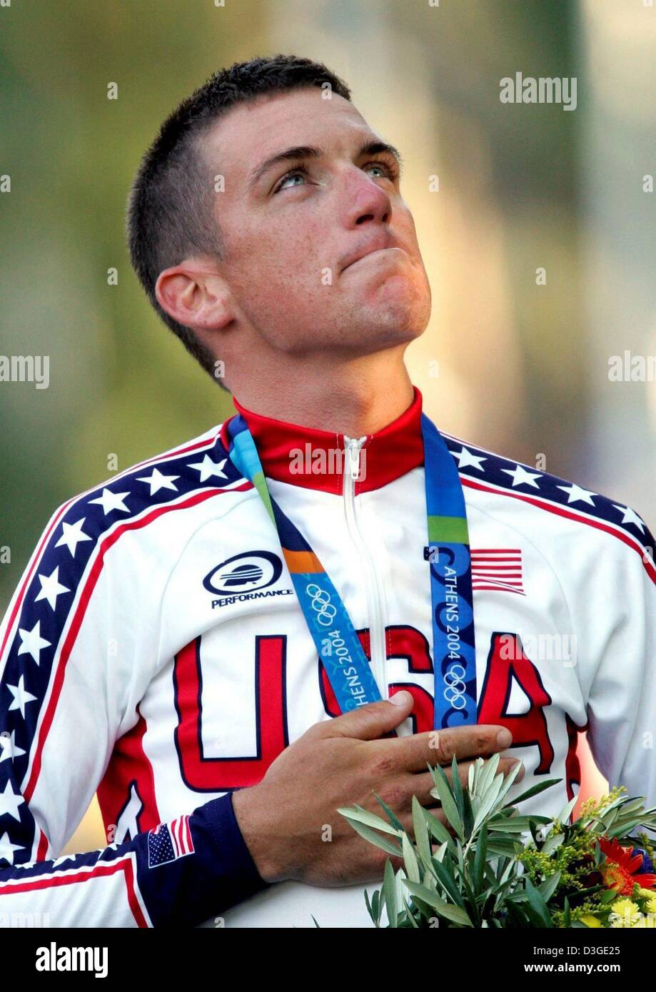 (dpa files) - Gold medal winner Tyler Hamilton of the USA at the medal ceremony of the Cycling Time Trial event - Stock Image