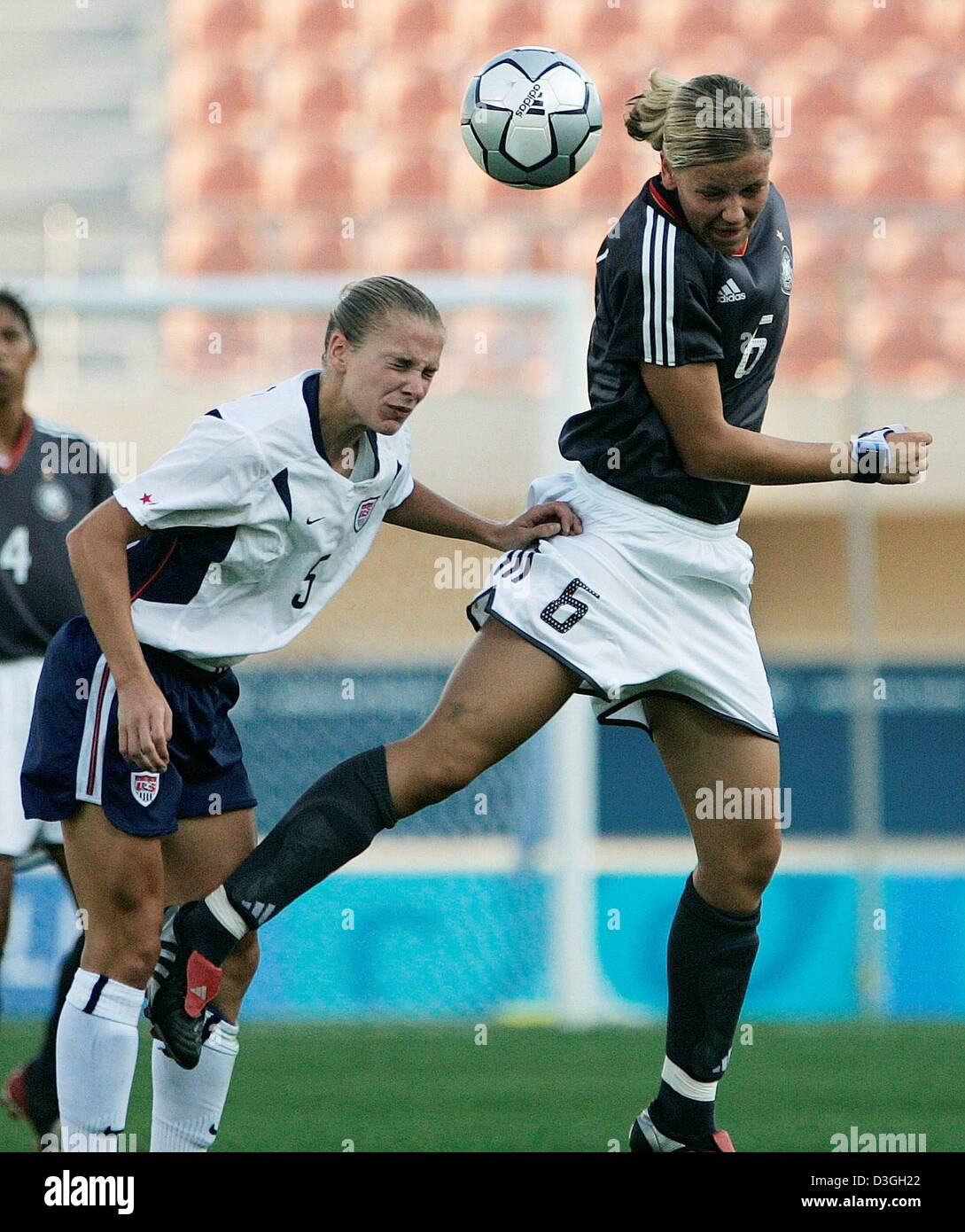 (dpa) - USA soccer player Lindsay Tarpley (L) and her German opponent Viola  Oderbrecht fight for the ball during the Olympic women s soccer tournament  ... a320cdf195