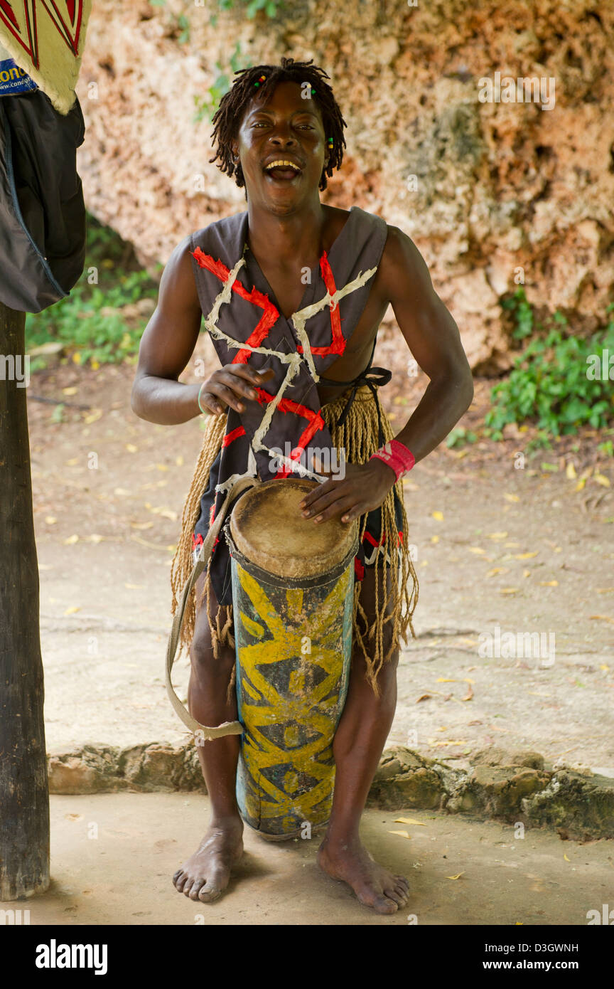 drummer, Ngomongo Village, Kenya - Stock Image