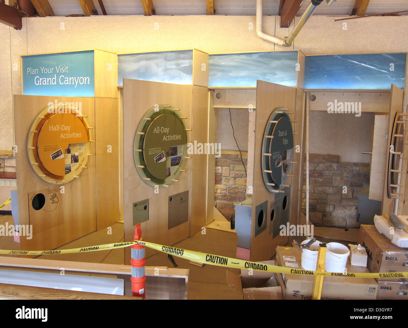 Grand Canyon Nat Park: Visitor Center Exhibit Installation 2469 - Stock Image