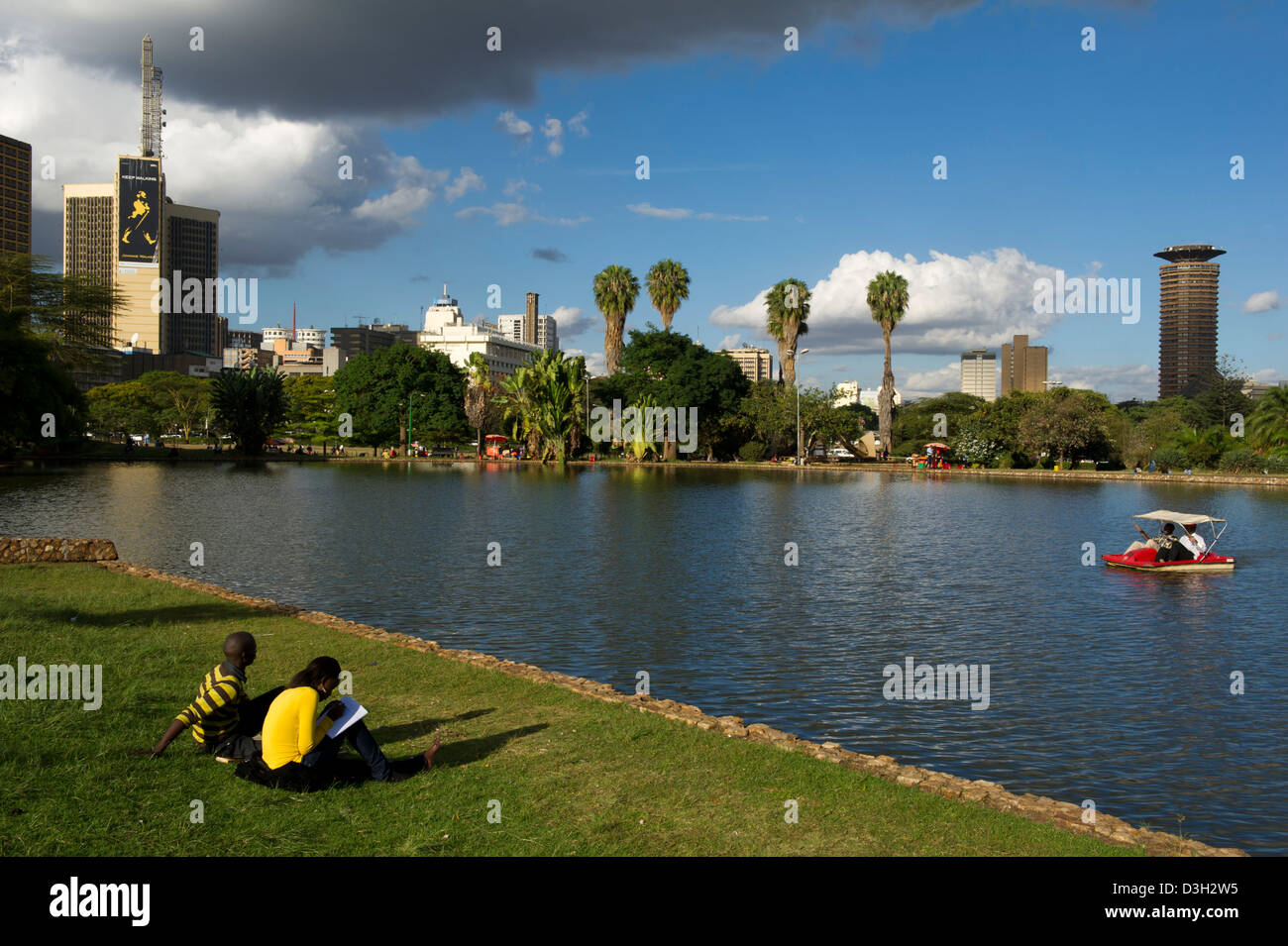 Boating on the lake in Uhuru Park, Central Nairobi, Kenya - Stock Image