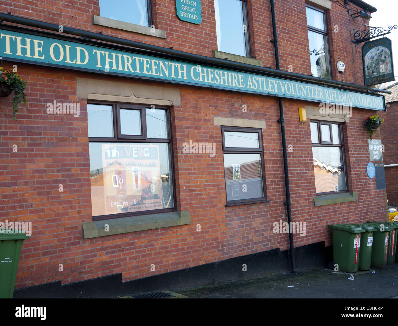 The Old Thirteenth Cheshire Astley Volunteer Rifleman Corps Inn, The longest named pub in the UK. Stalybridge, Tameside, Stock Photo