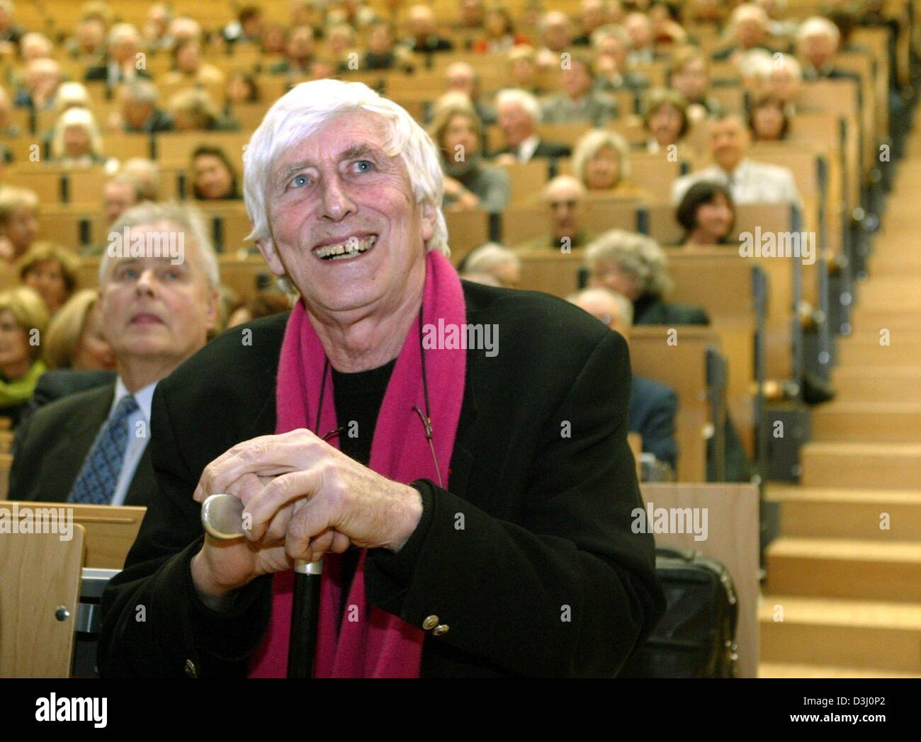 (dpa) - Author and illustrator Tomi Ungerer from Alsace sits in the lecture hall of the university in Karlsruhe, - Stock Image