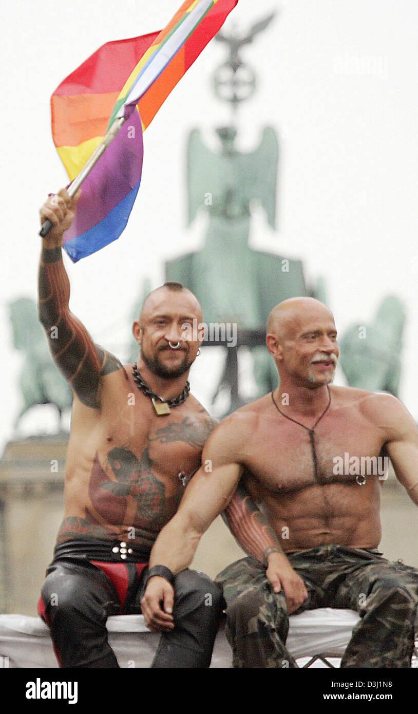 Muscle homosexual men