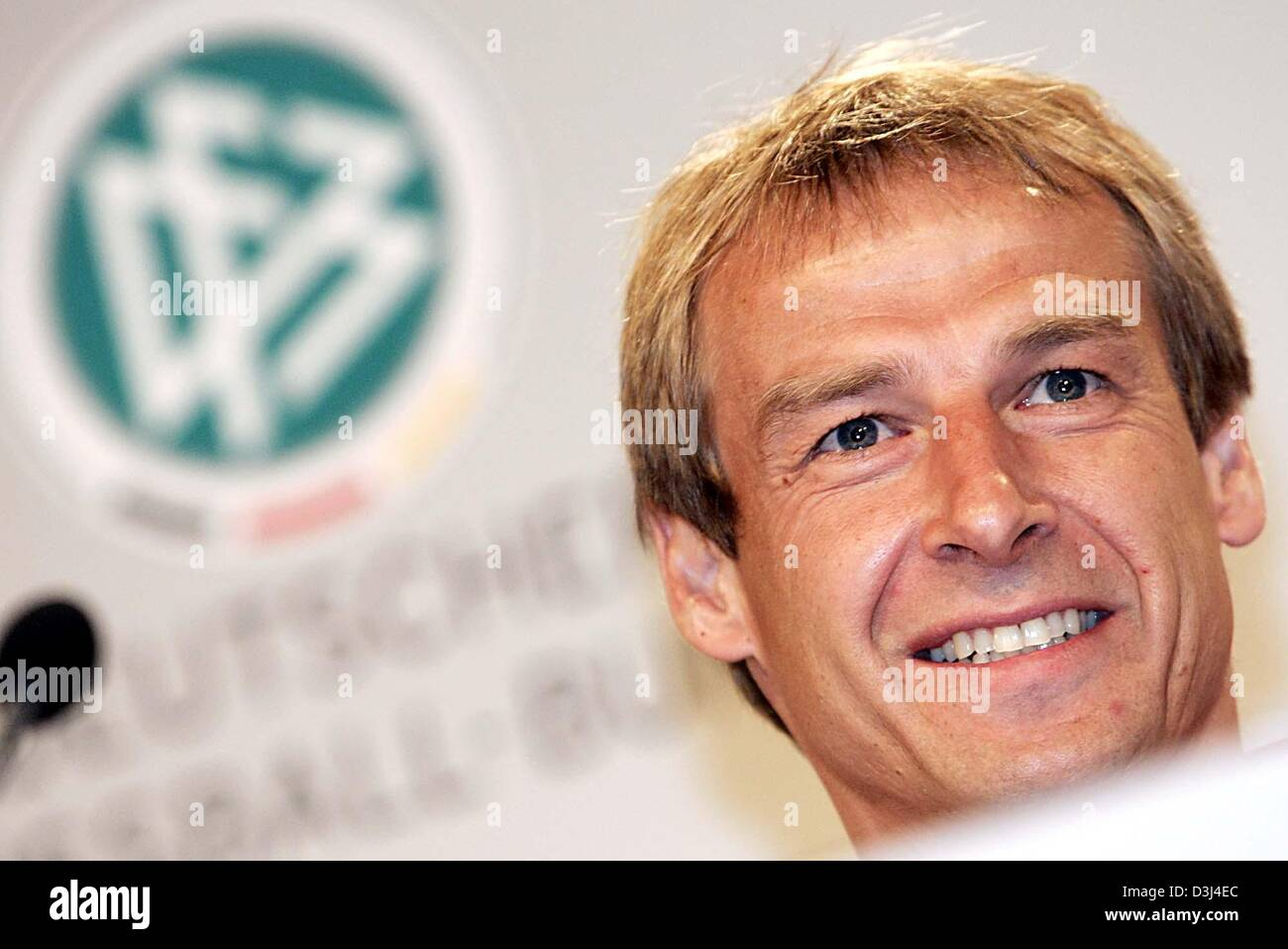(dpa) - Juergen Klinsmann, head coach of the German national soccer team, comments on the shape and state of his - Stock Image