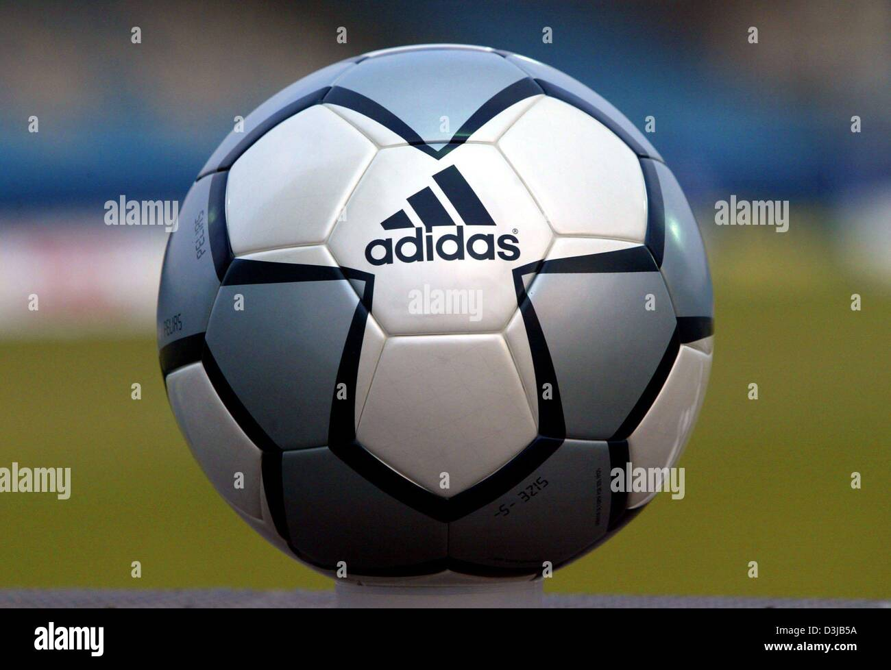 (dpa) - The new Adidas soccer ball for the 2004 Olympic Games in Athens on  display in Fuerth 25ca2067e112