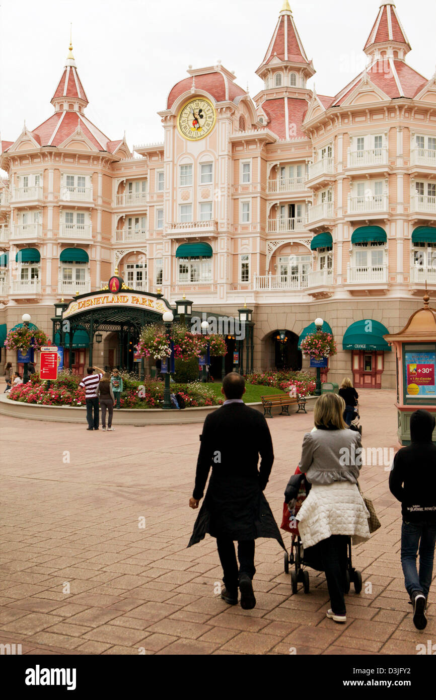 The walk approaching the entrance to Disneyland Theme Park in Paris France - Stock Image