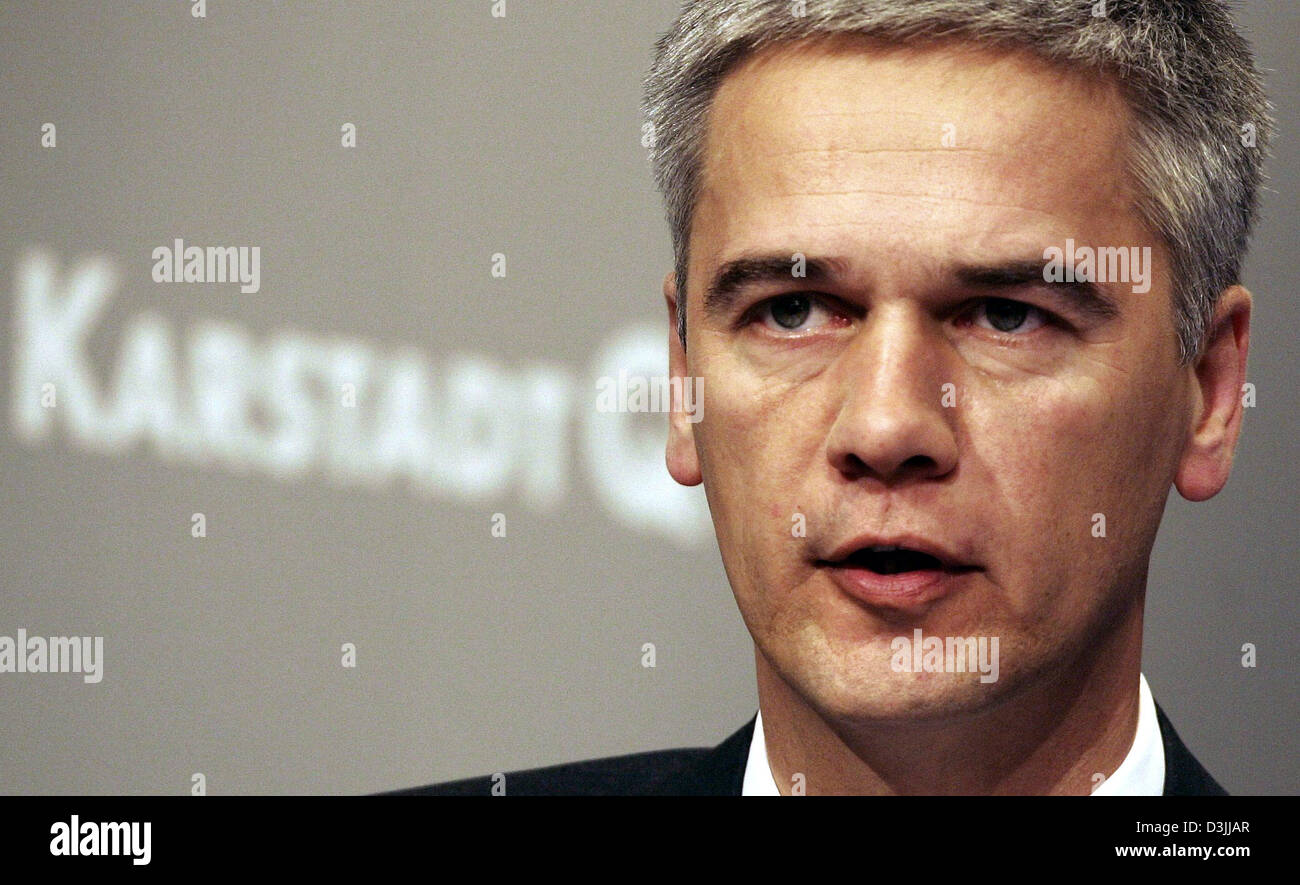 (dpa) - Harald Pinger, Interim Chief Executive of embattled German department store and mail order concern KarstadtQuelle, - Stock Image