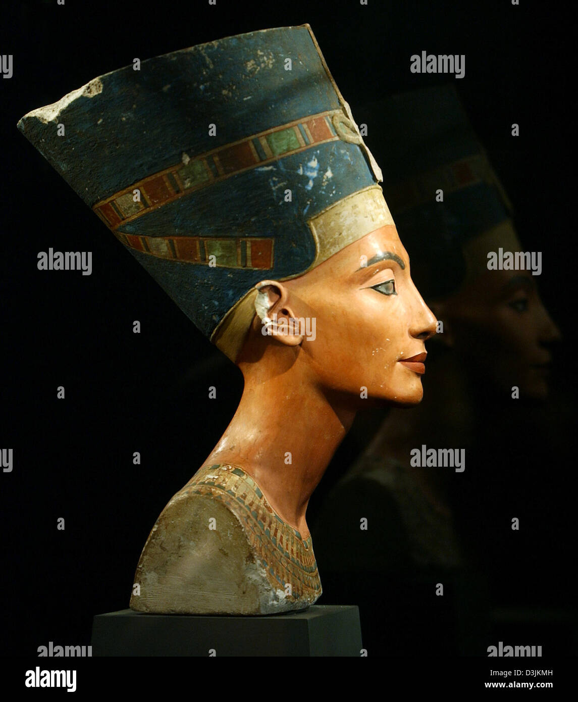 dpa) - The bust of Egyptian Queen Nefertiti (1,340 B C , 18th Stock