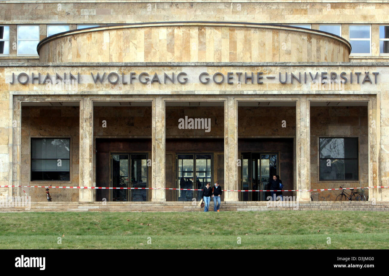 (dpa) - A view across the lawn toward the front entrance of the Poelzig building, the main building of Johann Wolfgang Stock Photo