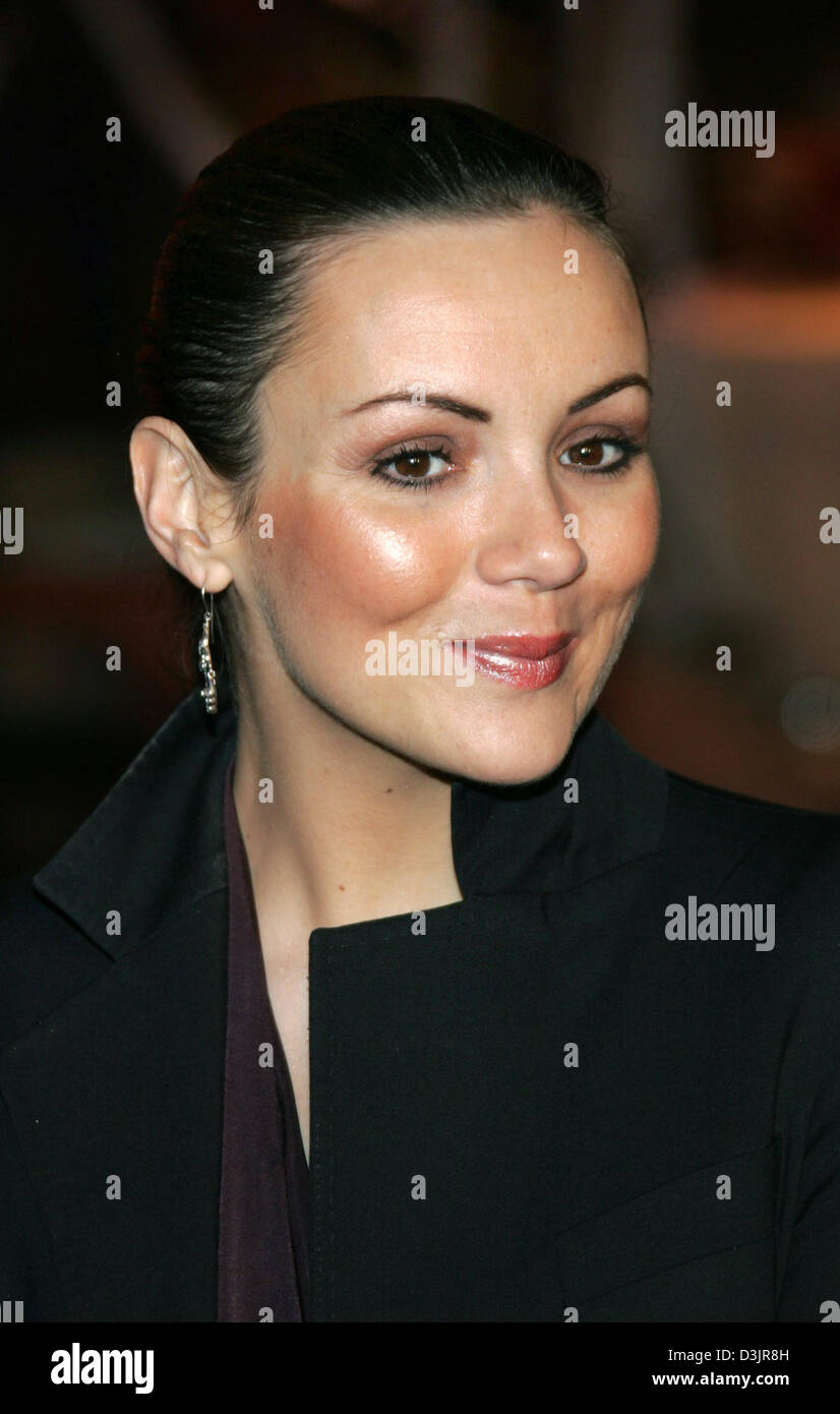 Dpa Actress Martine Mccutcheon Arrives For The Premiere Of The Stock Photo Alamy