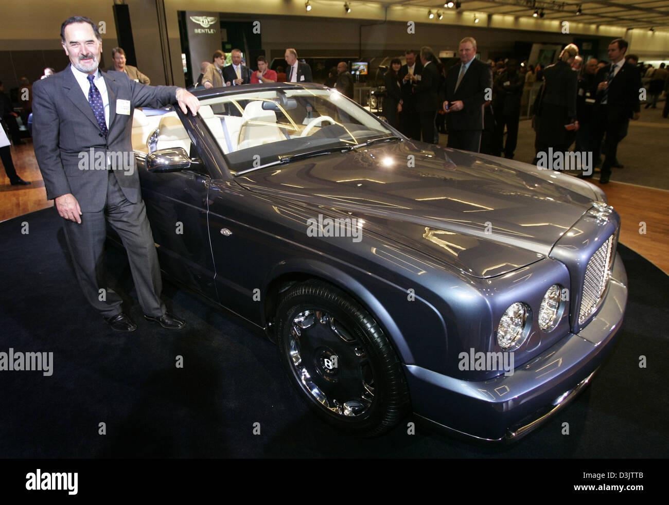 Dpa Bernd Pischetsrieder R Chairman Of German Car Manufacturer