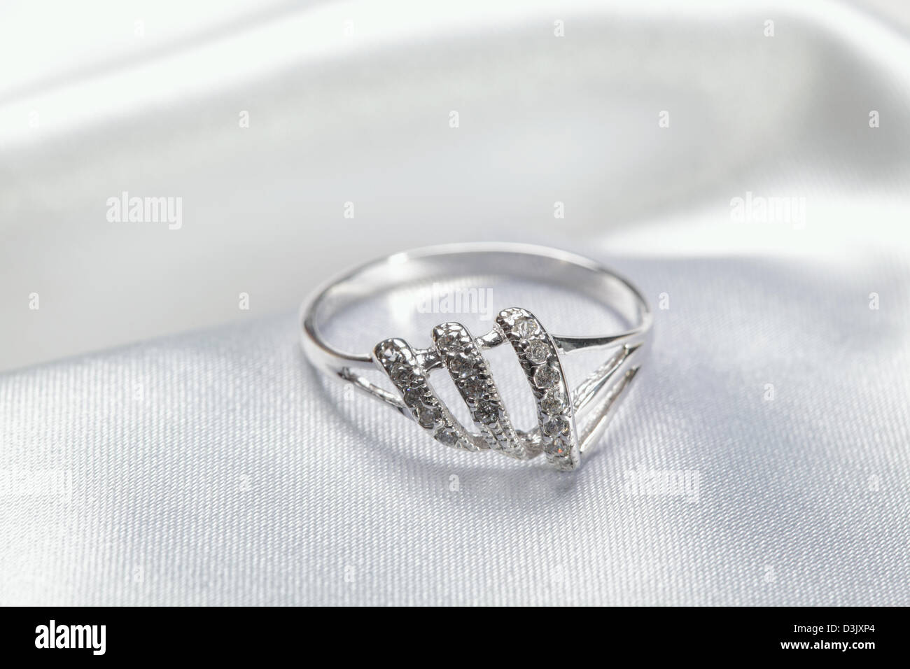 Close up photo of platinum or silver ring - Stock Image