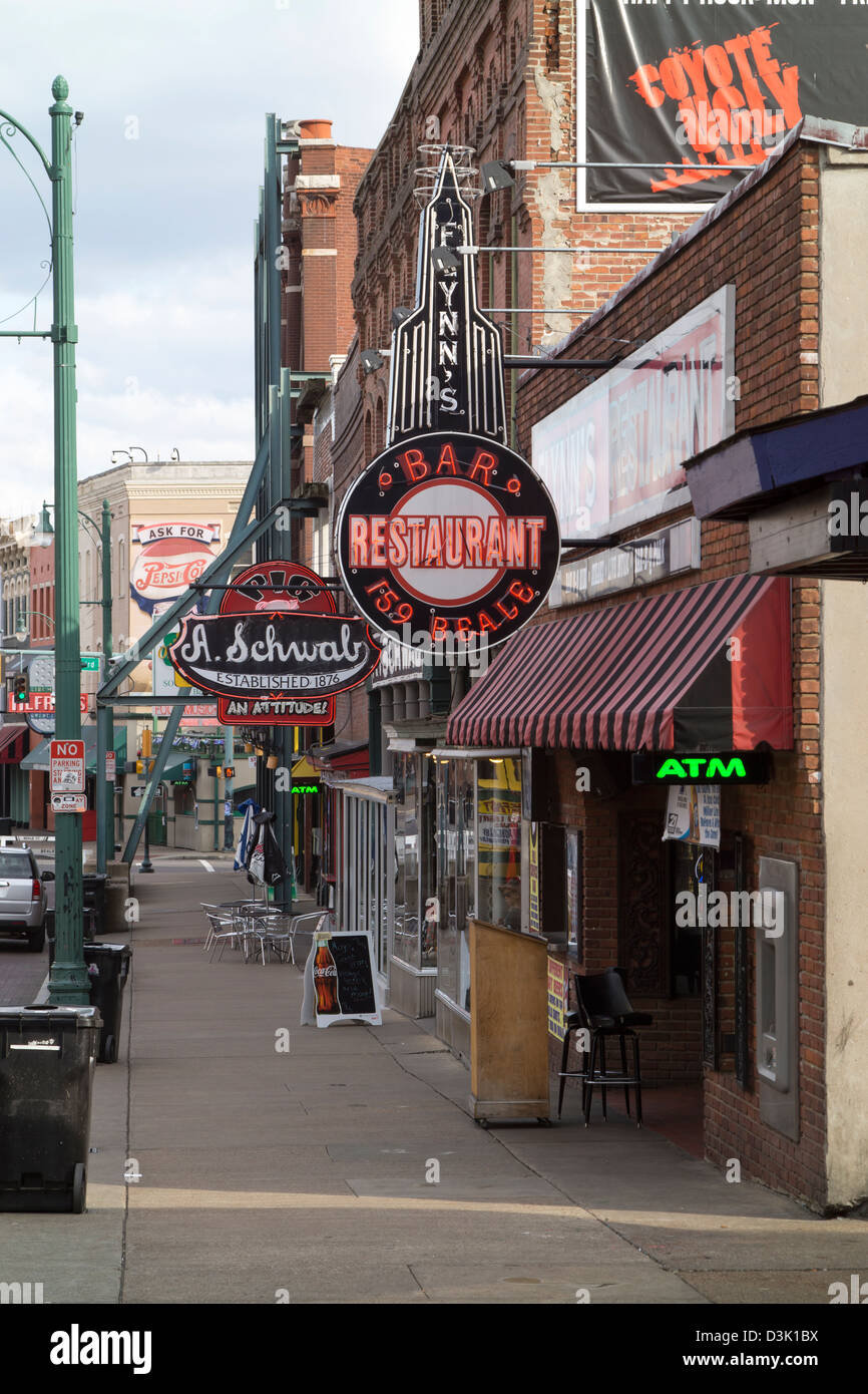 A view down Beale Street in Memphis, Tennessee. - Stock Image