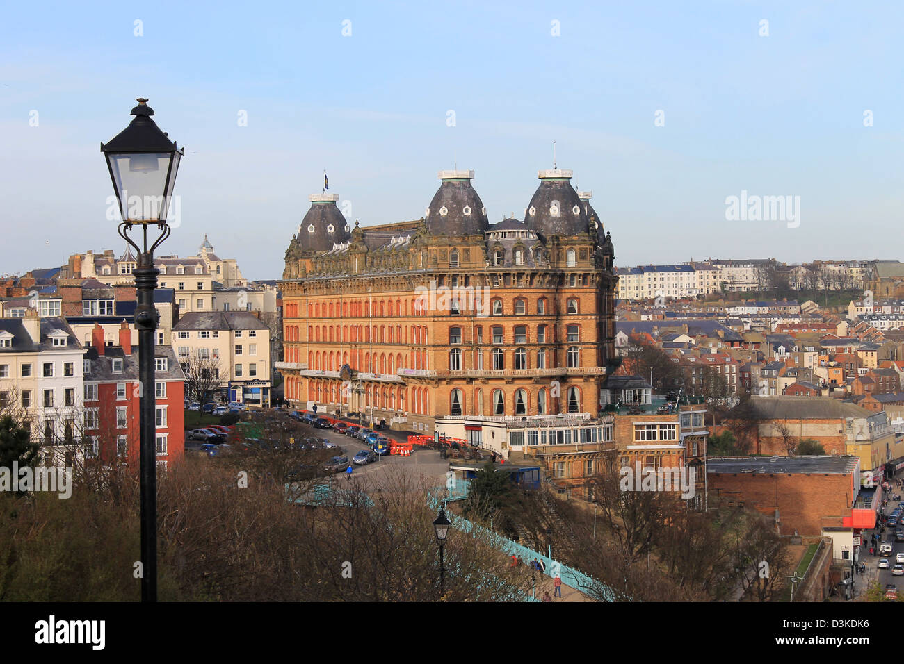 Old town and Grand Hotel viewed from South Cliff Esplanade, Scarborough, North Yorkshire, England. - Stock Image