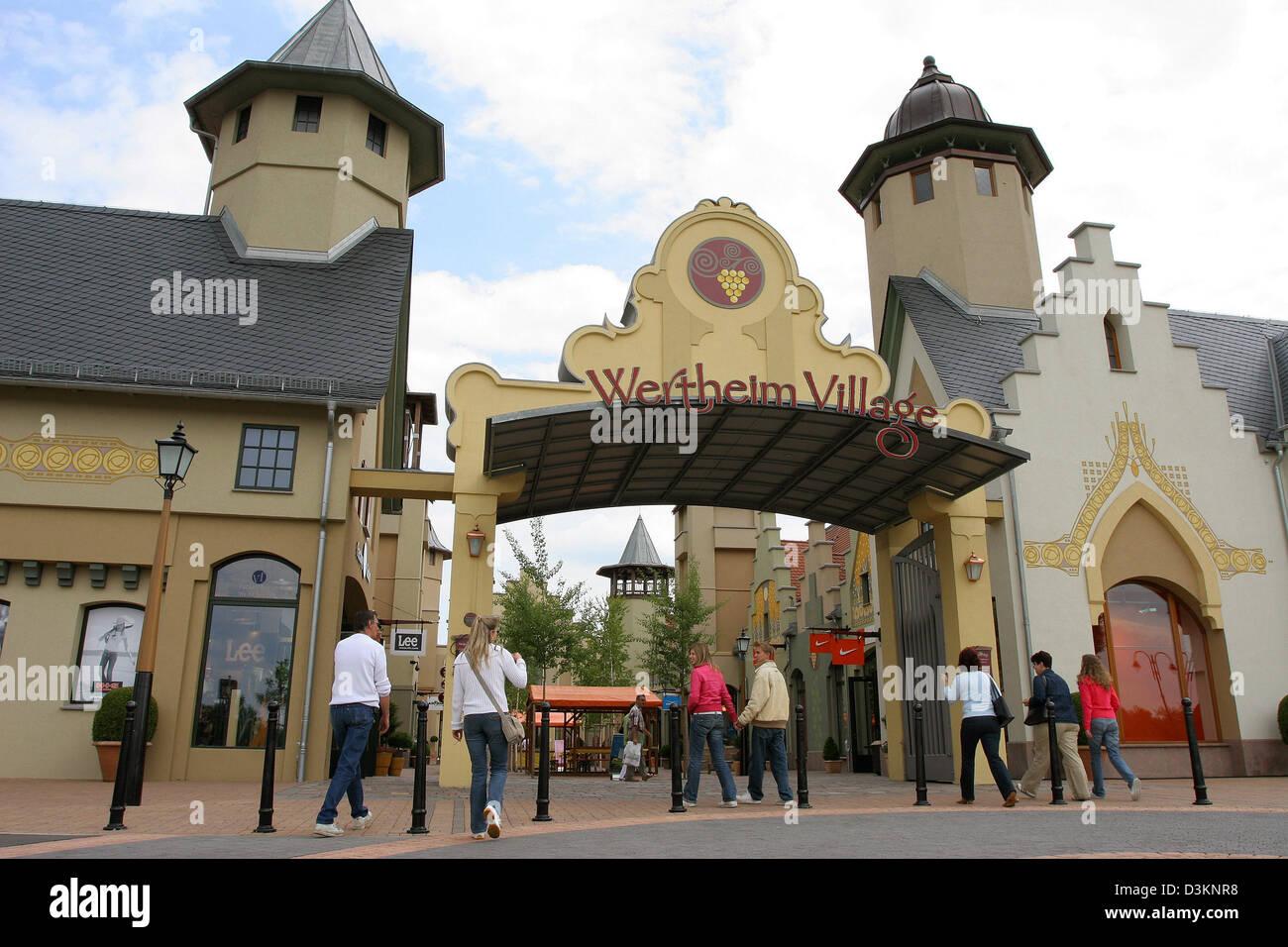 Wertheim Village Lohnt sich der Besuch in der Outlet City?