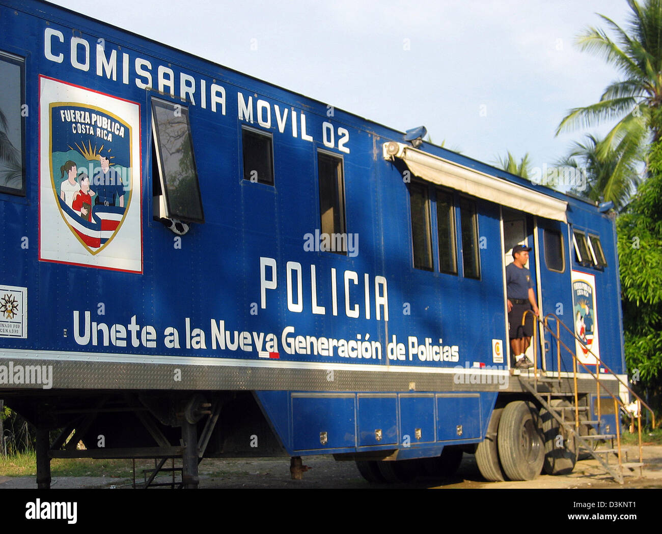 (dpa) - The picture dated 28 February 2005 shows a mobile police station at Manuel Antonio beach at the Pacific - Stock Image