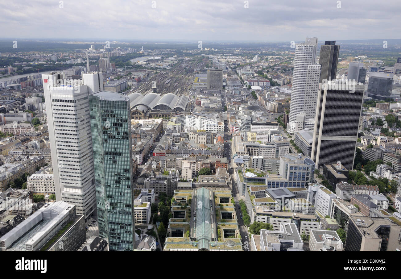 Looking south-west towards the Hauptbahnhoff from the top of the Main Tower, Frankfurt, Germany. - Stock Image