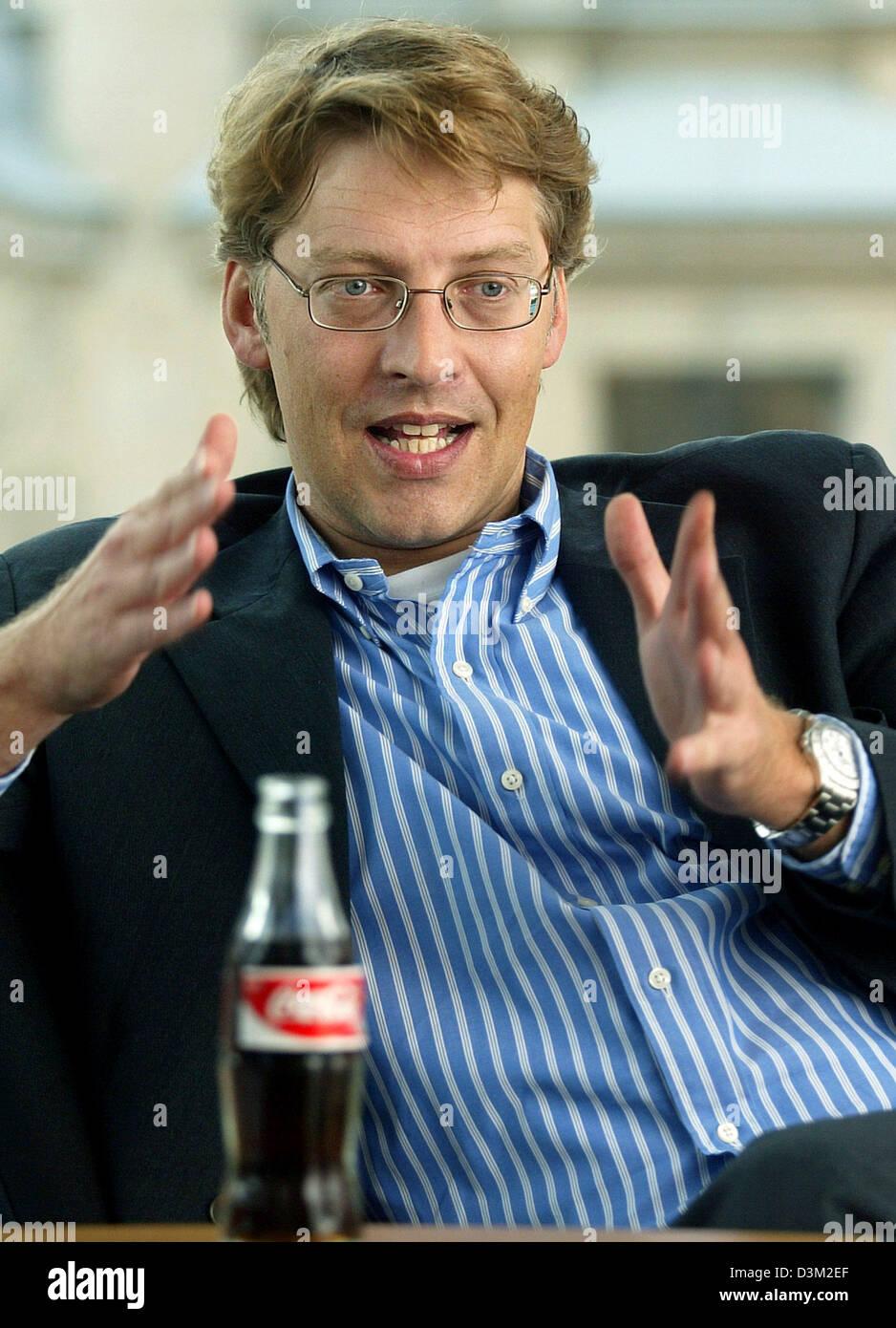 Кока кола питер купить газированную воду оптом