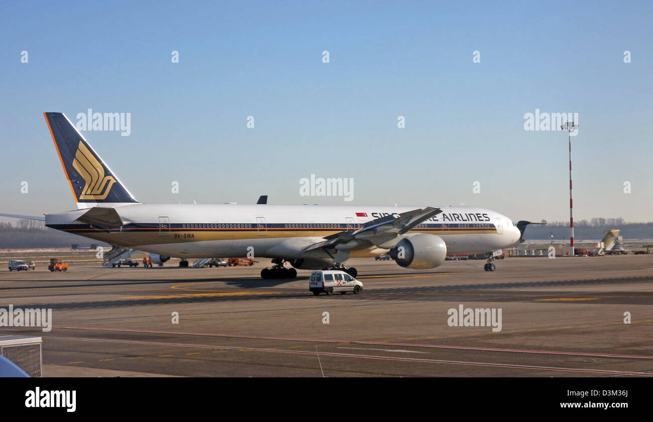 Singapore Airlines, Boeing 777-312/ER - Stock Image