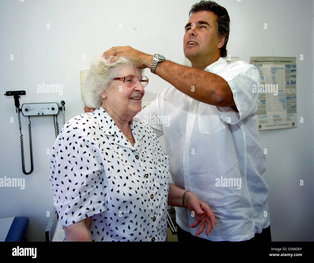 File A Neurologist Does A Special Examination With An Elder Patient At A Surgery In Iserlohn Germany  Photo Klaus Rose
