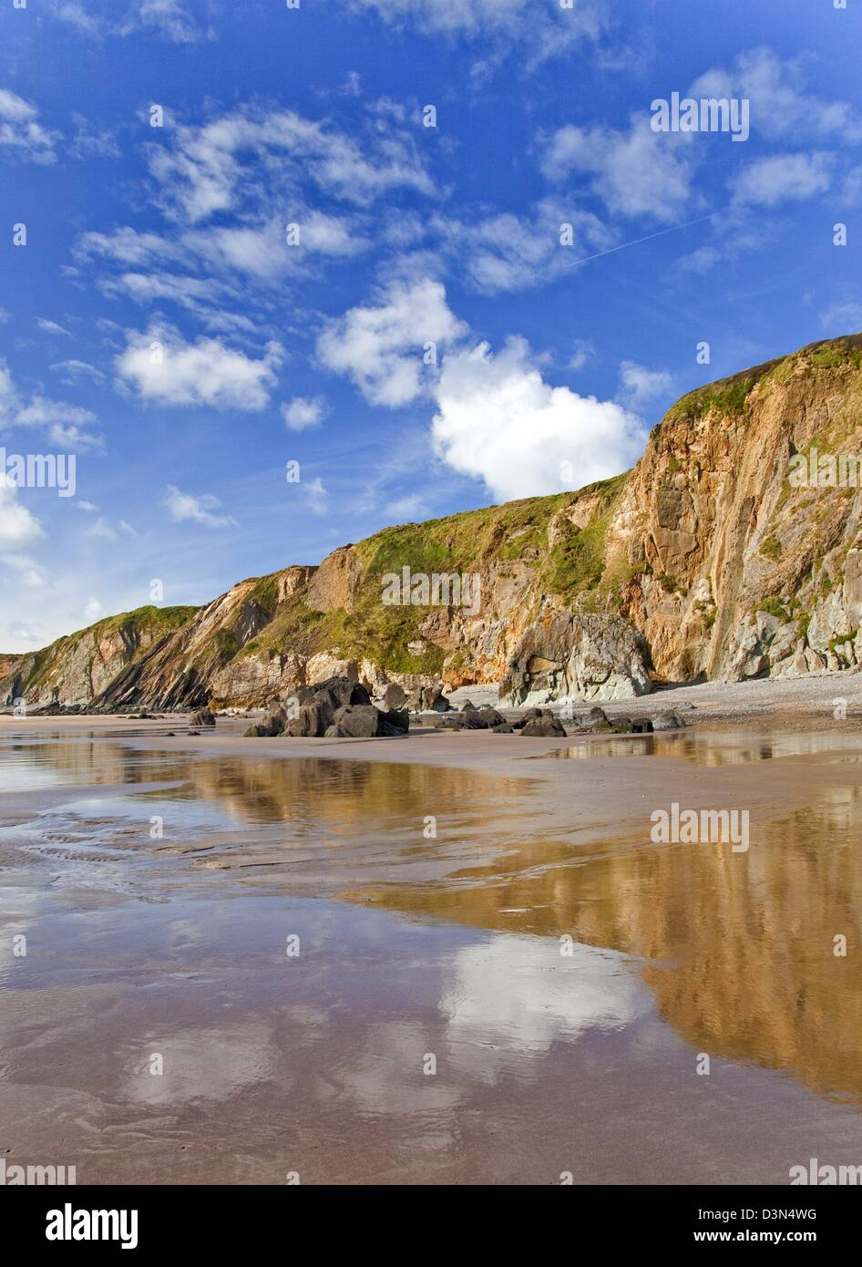 coastal resort beach at marloes sands pembrokeshire coast national park in late summer - Stock Image