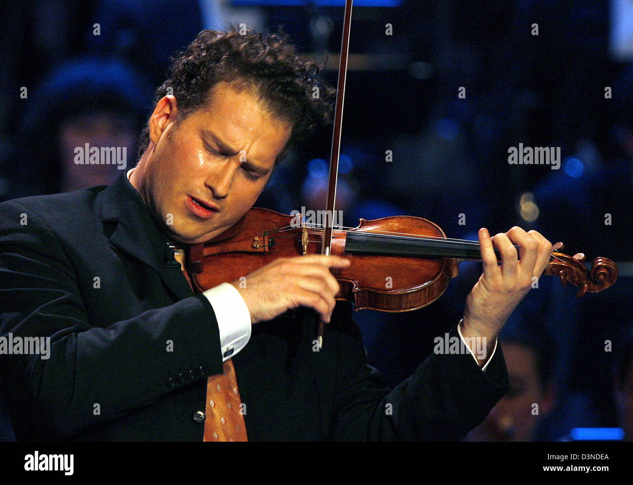 Danish violinist Nikolaj Znaider performs during the taping of German TV show 'A Big Nightmusic' in Munich, - Stock Image
