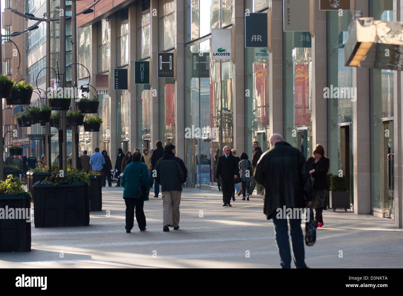 Shoppers on New Cathedral Street in Manchester - Stock Image