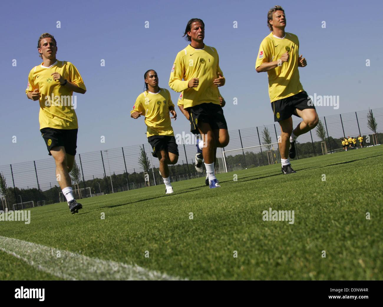 Soccer pros (L-R) David Vrzogic, Martin Amedick (both new entrants), goalkeeper Roman Weidenfeller and Christian - Stock Image