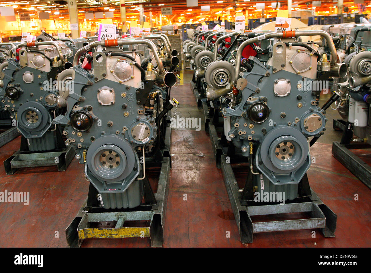 truck engines of the serie 60 stand ready in the detroit diesel stock photo alamy https www alamy com stock photo truck engines of the serie 60 stand ready in the detroit diesel factory 53955848 html