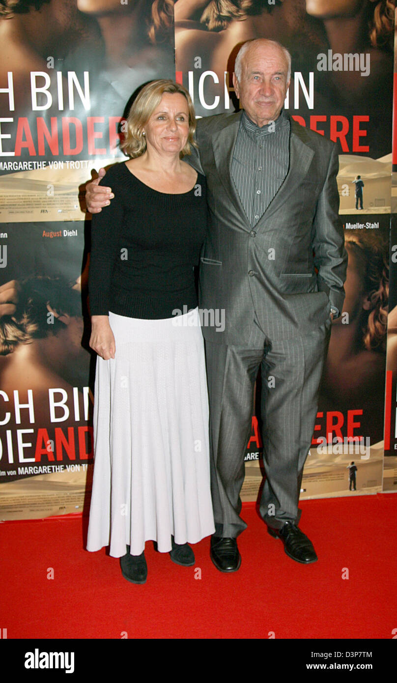 German actor Armin Mueller-Stahl and his wife Gabriele appear for the film premiere 'Ich bin die Andere' - Stock Image