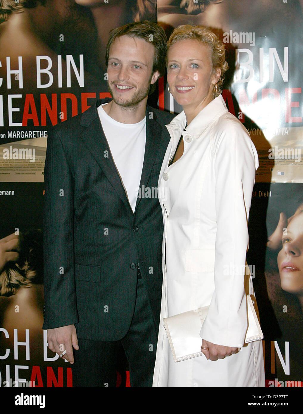 German actors August Diehl and Katja Riemann (R) appear for the film premiere 'Ich bin die Andere' in Munich, - Stock Image