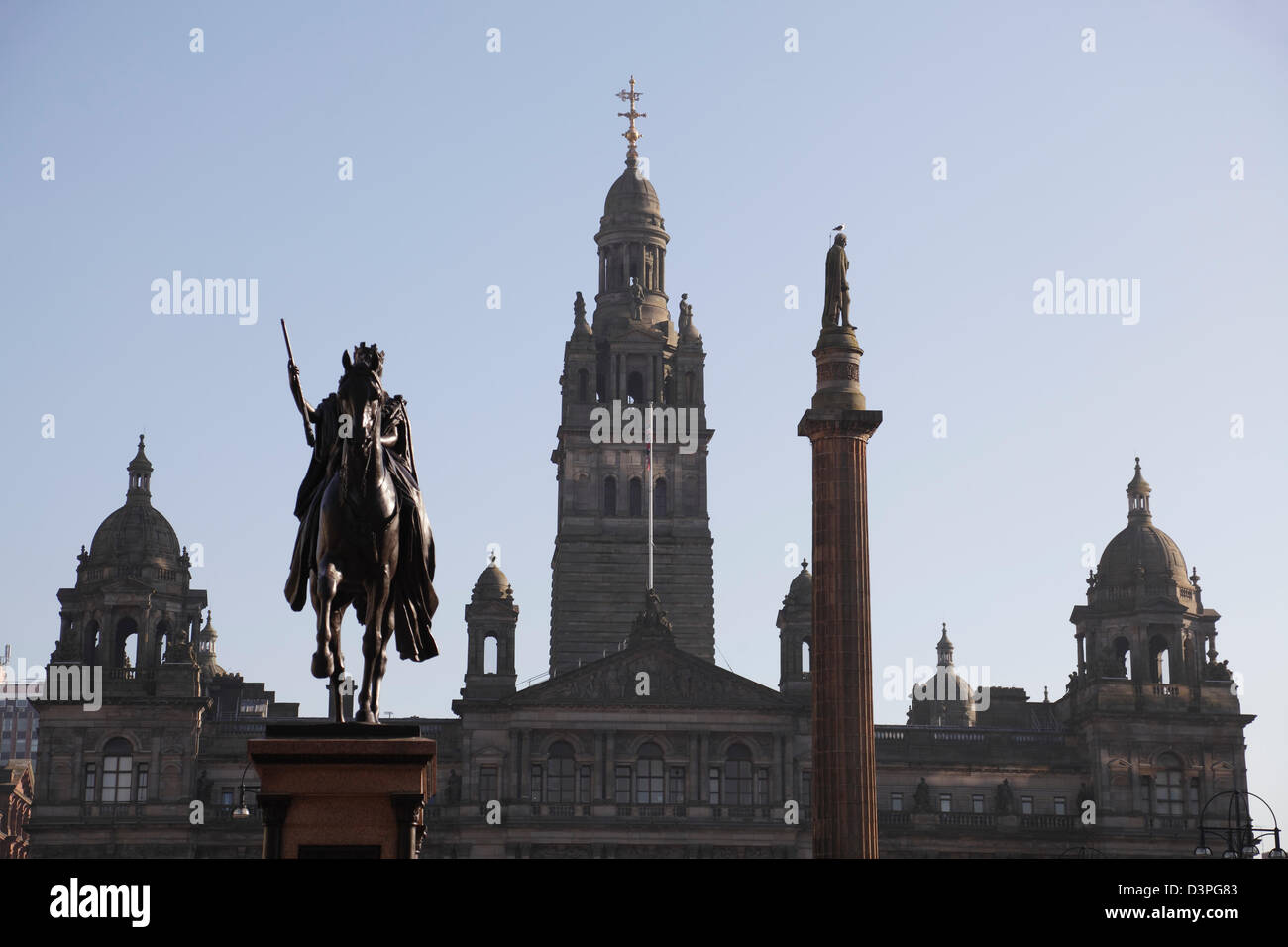 View looking towards the City Chambers on George Square in Glasgow city centre, Scotland, UK - Stock Image