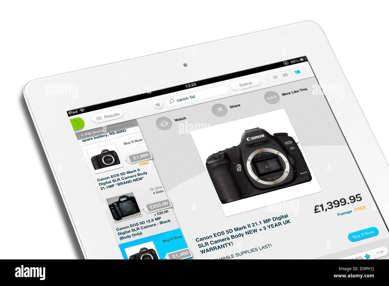Looking At Cameras With The Ebay App On A 4th Generation Apple Ipad Stock Photo 53971390 Alamy