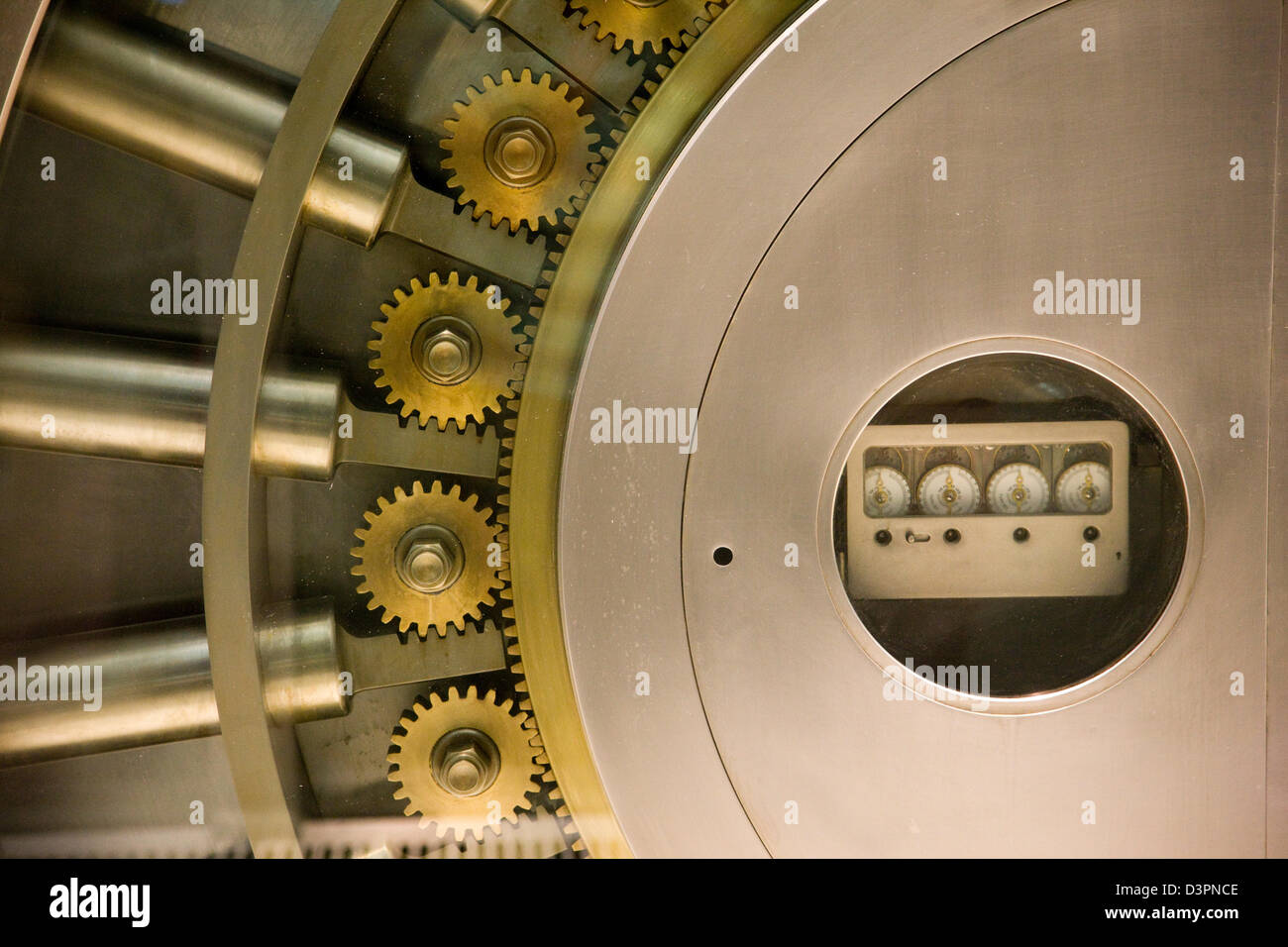 Large bank vault safe in a shop window on Fifth 5th Avenue in New York - Stock Image