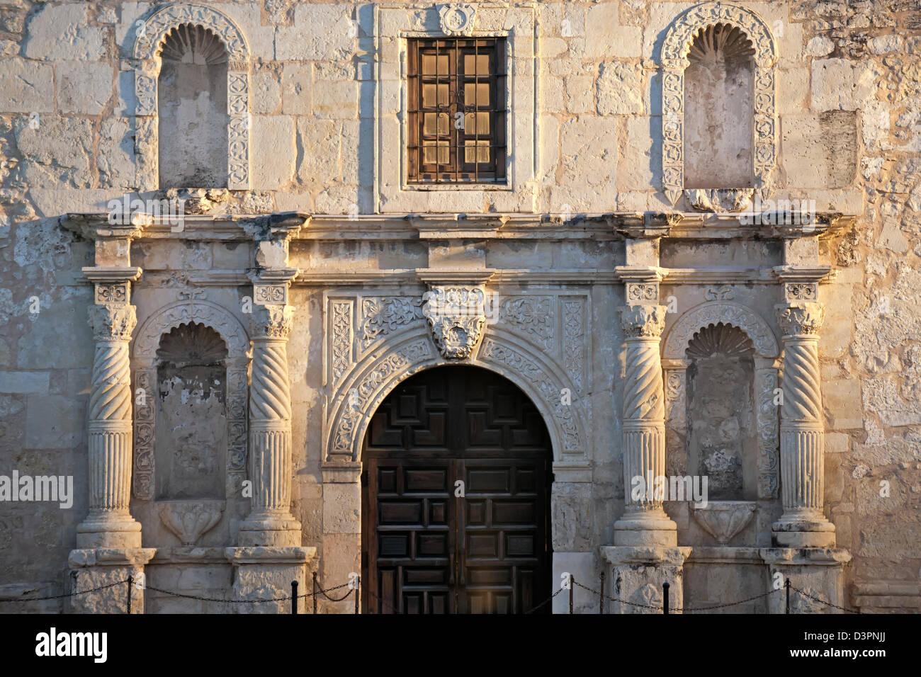 Entrance, The Alamo (Mission San Antonio de Valero), San Antonio, Texas USA - Stock Image