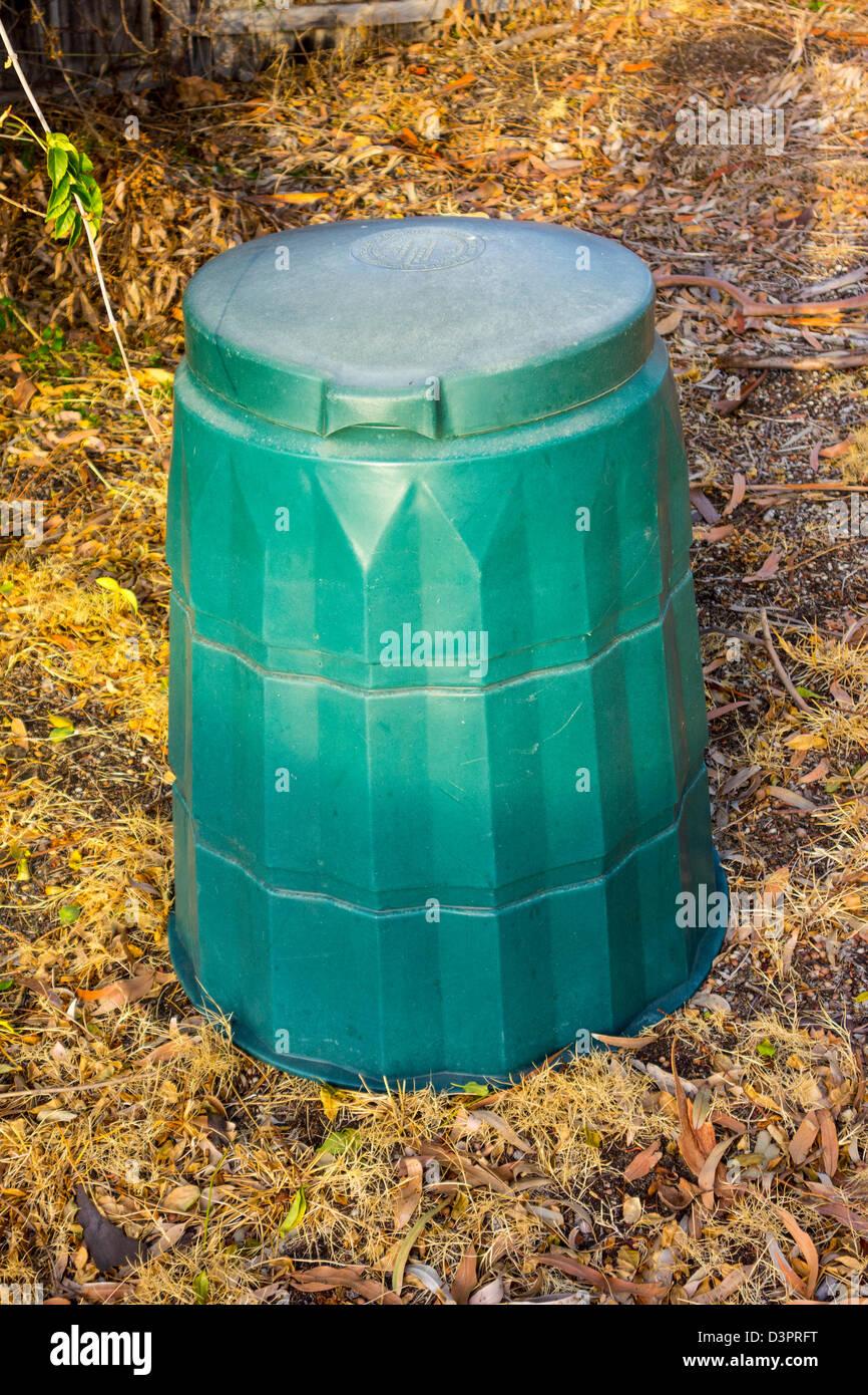 Garden Compost Bin Stock Photos & Garden Compost Bin Stock Images ...