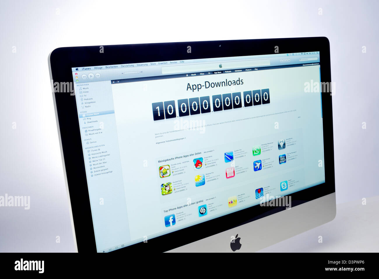 App Store And Website Stock Photos & App Store And Website Stock ...