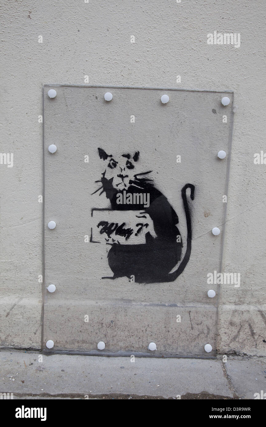 Rat stencil at the site of the Wood Green Banksy in North London. - Stock Image